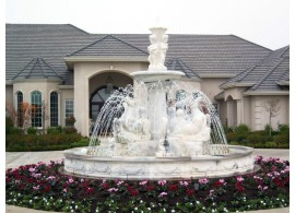 Скульптуры и фонтаны