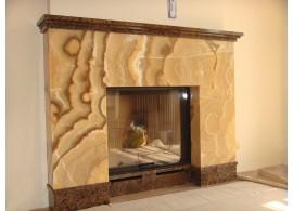 Камин из фактурно желтого мрамора